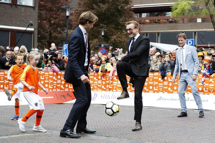 Vorig jaar was Amersfoort het toneel van Koningsdag. Ook Nijkerk was daar vertegenwoordigd.