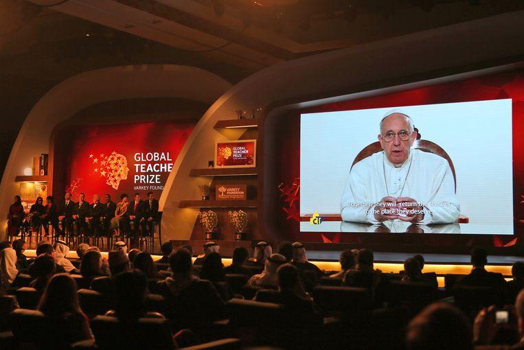 'Ik kan bijna niet geloven dat de paus mij persoonlijk feliciteerde', zei al-Hroub tegen persbureau AP. Beeld ap