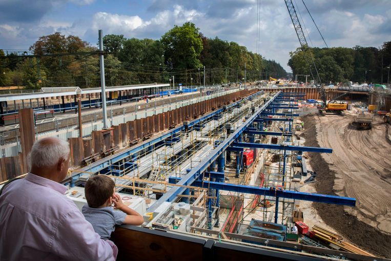 Driebergen-Zeist krijgt een nieuw station, een onderdoorgang voor het wegverkeer en het aantal sporen gaat van drie naar vier. Beeld Werry Crone