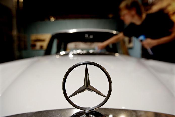 Het Kroatische bedrijf dagvaardde onder meer de Nederlandse afdeling van Mercedes Benz Trucks.
