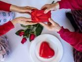 Valentijnsdiner: gaat de liefde echt door de maag?