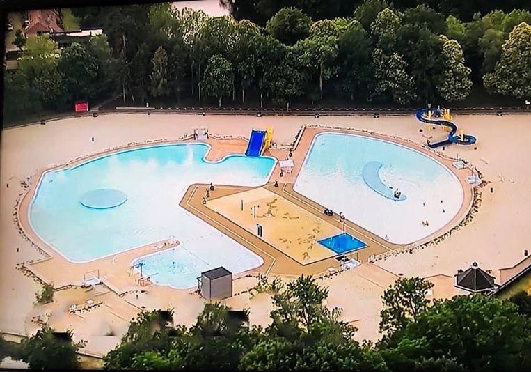 De zwembaden van de Halve Maan zijn nu nog leeg, maar vanaf 1 juli mogen ze weer open, weliswaar onder voorwaarden.
