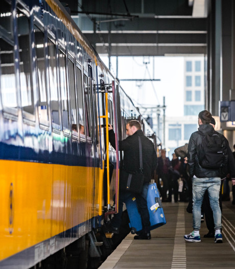 Uur lang geen treinen in groot deel Limburg door storing