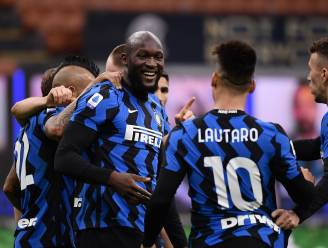 Lukaku doet Inter-ploegmaats PlayStation 5 cadeau