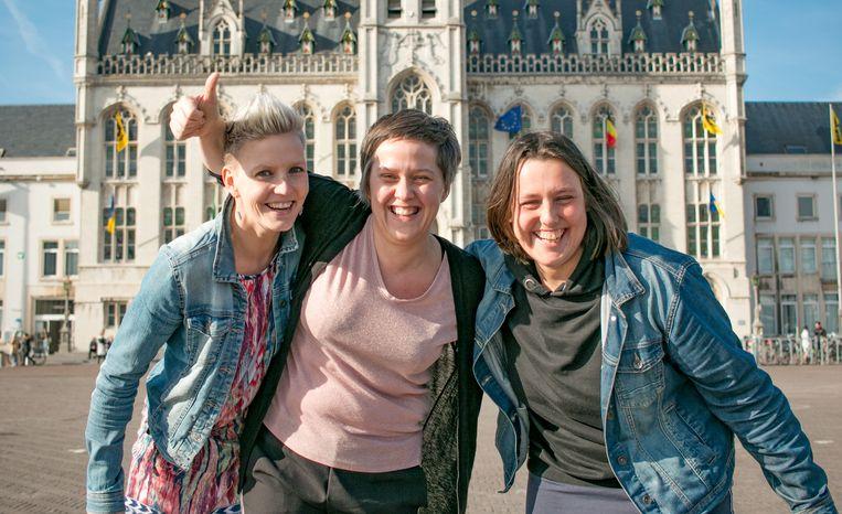 """Sarah, Anniek en Jessy:  """"Hopelijk kunnen we er met z'n drietjes nog lang in blijven!"""""""