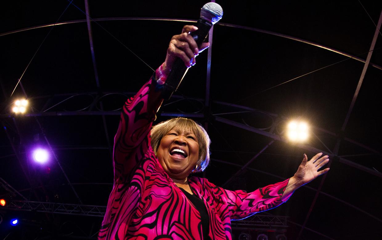 Soul- en gospellegende Mavis Staples, bij een eerder concert.