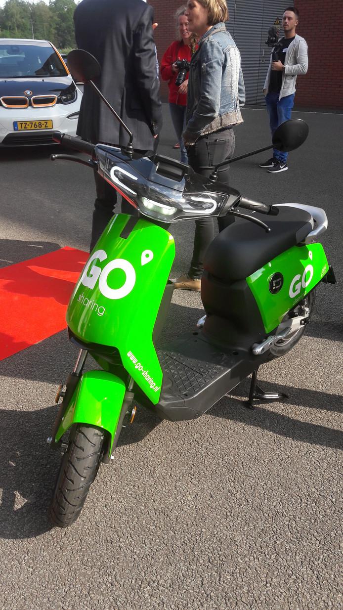 De elektrische deelscooter van Go Sharing die binnenkort in Eindhoven gaan rijden.