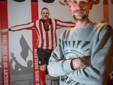 Deining in 100-jarig voetbalbolwerk: bestuur kiest voor jeugd, 'oude garde' ziet het anders