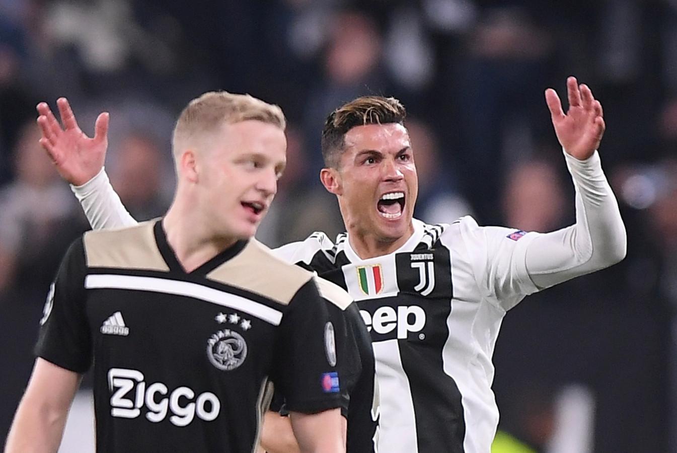 Donny van de Beek en Cristiano Ronaldo.