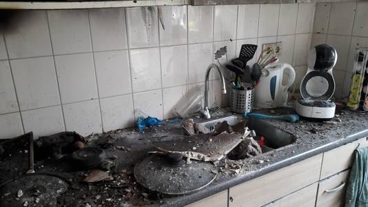 Papa's geliefde koffiezetapparaat is bij de keukenbrand verloren gegaan.