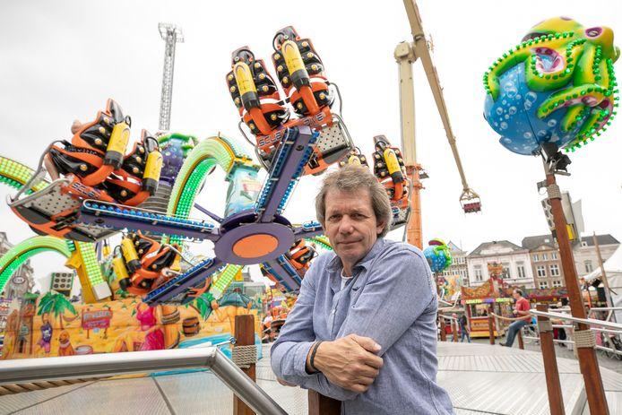 Hans van Tol twee jaar geleden bij zijn attractie de Turbo Polyp op de kermis in Den Bosch