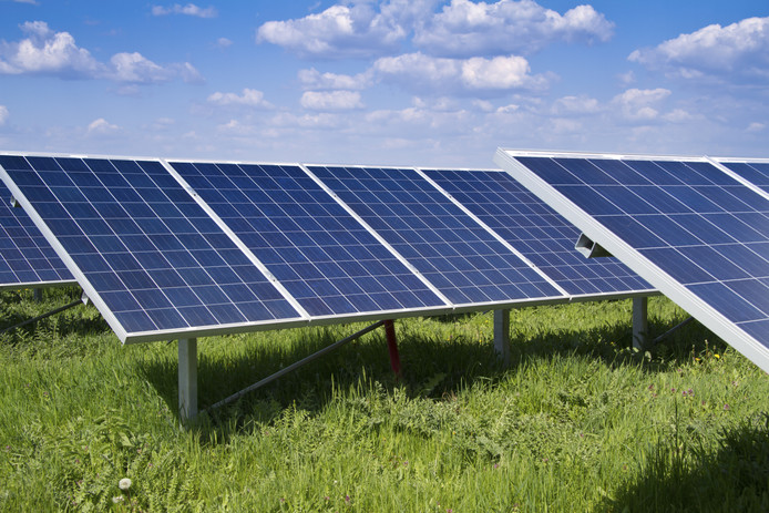 zonnepaneel zonnepanelen stock stockfoto stockdnr