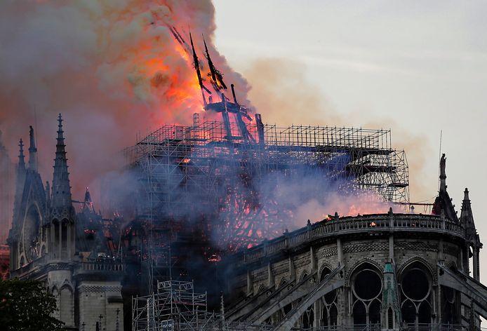 Notre-Dame de Paris devrait finalement être restaurée à l'identique.