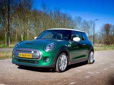 Test Mini Cooper SE Electric: om de haverklap aan de laadpaal