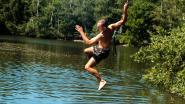 """Hittegolf lokt zwemmers naar Fort van Oelegem: """"Echt perfect met dit weer"""""""