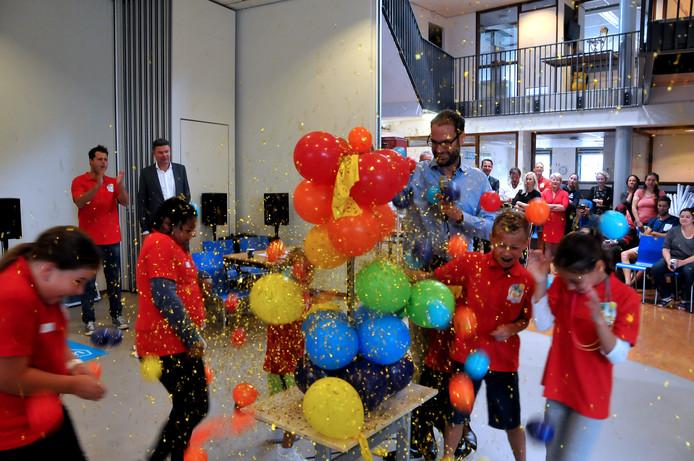 De opening van de zomerschool in Dordrecht vorig jaar.