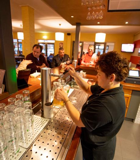 Krijgt Floor (13) een biertje bij sportclubs in Twenterand?
