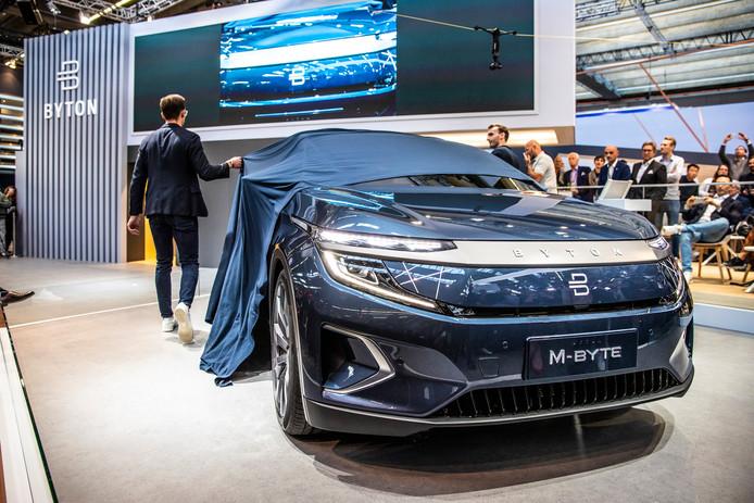 De Chinese Byton M-Byte tijdens zijn onthulling op de Autoshow van Frankfurt