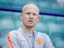 Veurink verlengt tot 2023 als assistent-bondscoach op voorspraak Wiegman