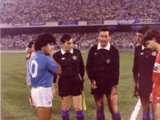 Dit zijn bijzondere foto's van Maradona in actie tegen FC Twente: niemand wist dat de beelden bestonden