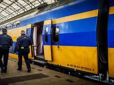 NS legt alle treinverkeer in Brabant plat vanwege zware storm: te veel beschadigde bovenleidingen