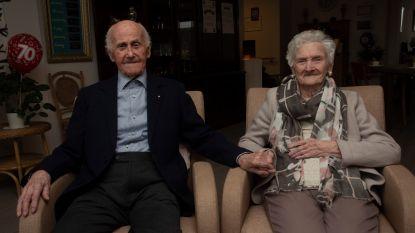 """Ben (96) en Paula (91) vieren 70ste huwelijksverjaardag: """"Onvoorwaardelijke liefde zeker?"""""""