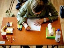Leraar De Waerdenborch gaf klas  antwoorden examen