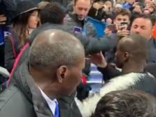 En colère, Neymar s'embrouille avec un supporter