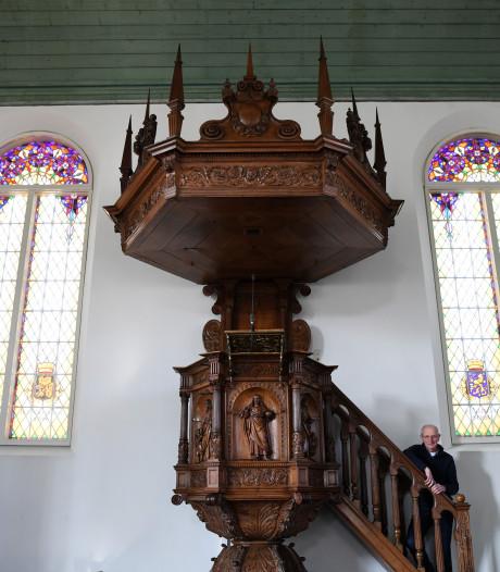 'Preekstoel in de Oosterhoutse Vredeskerk is niet gestolen'