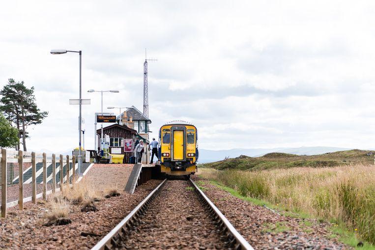 Trein van ScotRail in de Highlands.  Beeld Katja Poelwijk