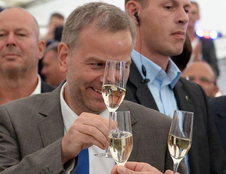 AfD-lijsttrekker Erik Holm klinkt op de overwinning.