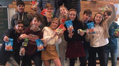 Kompas trakteert leerlingen op fairtradesnoep voor sinterklaasfeest