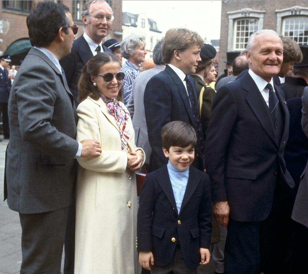 Jorge, prinses Christina, Friso en Bernardo tijdens Koninginnedag in Den Haag, 1984.