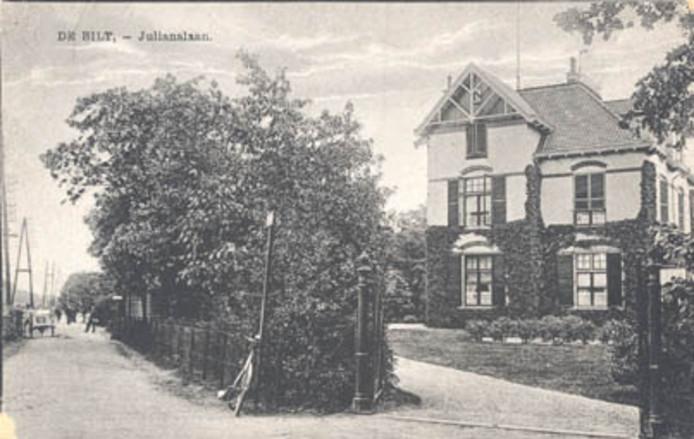 Bilthoven begon als chique oase voor de elite. Op de oude prent staat villa Oase aan de Julianalaan.