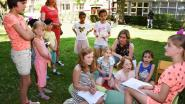 Kinderen vieren 65ste verjaardag Jip en Janneke