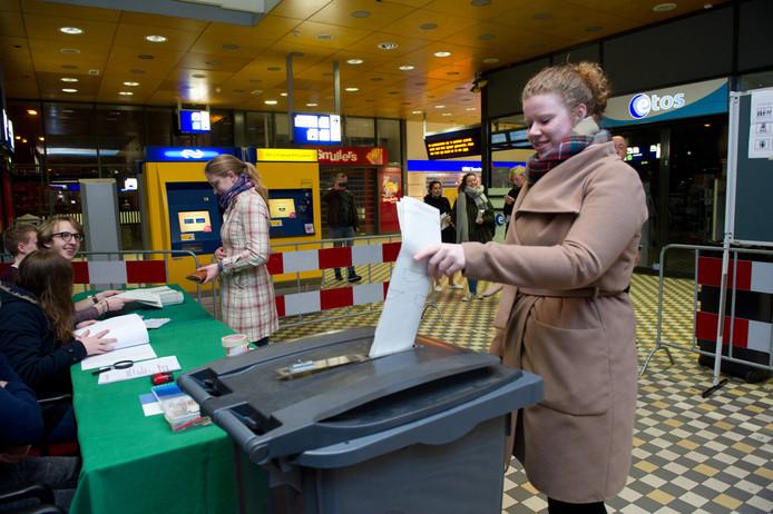 Op 21 maart zijn de gemeenteraadsverkiezingen.