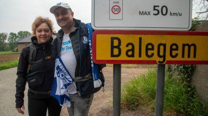 """Buffalo-koppel stapt 55 kilometer naar Koning Boudewijnstadion: """"Om de voetbalgoden gunstig te stemmen"""" - Eerste halte bereikt!"""