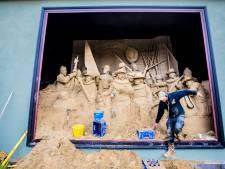 Sneer naar gemeente: Barneveld krijgt houten Nachtwacht cadeau