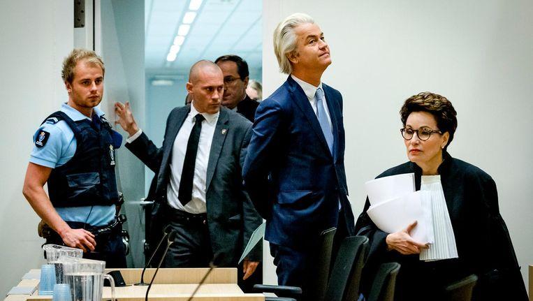 Wanneer het Hof vindt van niet, eindigt daarmee deze strafzaak Wilders. Tenzij het OM hoger beroep instelt; dan 'lift' Wilders mee. Beeld null