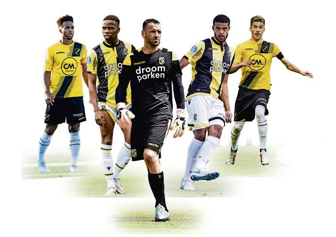 Vanaf links Erik Palmer-Brown (NAC), Charly Musonda, Eduardo, Jake Clarke-Salter (allen Vitesse) en Luka Ilic (NAC).
