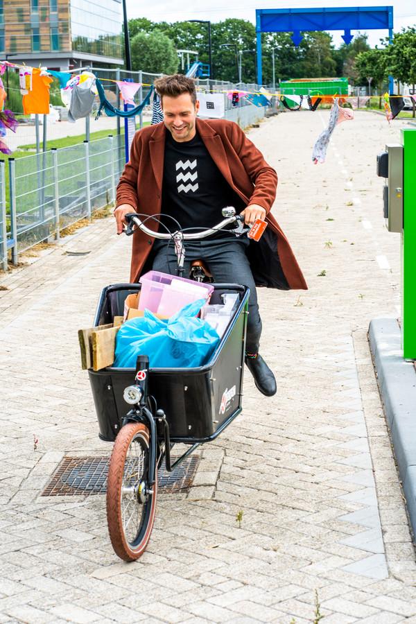 Wethouder Rik Thijs  opent nieuwe mileustraat Eindhoven