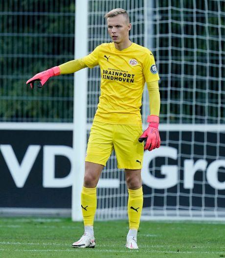 PSV hevelt keeper Maxime Delanghe (19) over naar de A-selectie