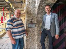 Verraste Klaas Baas (81) krijgt eigen gedenksteen op Fort Prins Frederik