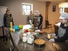 Belegde broodjes uit de keuken van Stayble in Mander: 'We hopen op goodwill'