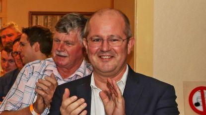 Stef Stiers wint voorzittersverkiezing CD&V van uitdager Kurt Callaerts