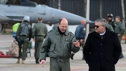 Bron binnen Defensie levert bewijs: topfiguren binnen het leger manipuleerden informatie over F-16's