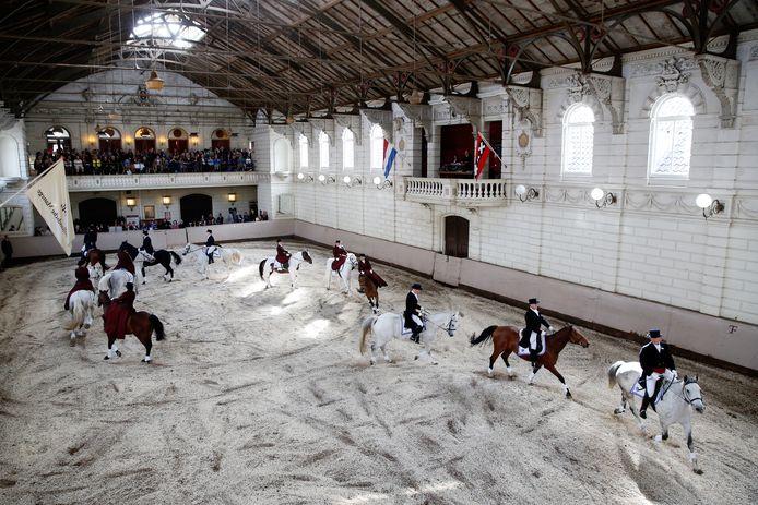 De Hollandsche Manage in pre-coronatijden: de opening van het Levend Paardenmuseum.