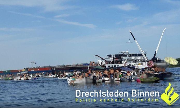 Het fuikfeest op de Nieuwe Merwede.