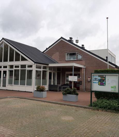 De toekomst van de huiskamer van Slijk-Ewijk is onzeker: 'Dorpshuis sluiten is geen optie'