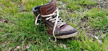 Mysterie: lint van schoenen langs oude N18 van Haaksbergen naar Eibergen